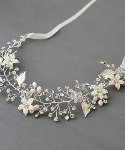 vigne cheveux mariage fleurs perles
