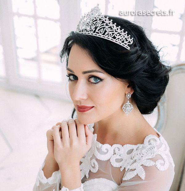 Boucles d'oreille chandelier mariage ornées oxydes de zirconium boucles pendantes argentées de luxe