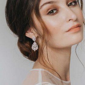 Boucles d'oreilles mariage pendantes argentée « Mathilde »