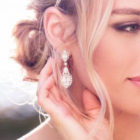Boucles d'oreilles mariage chandelier diamants zircon
