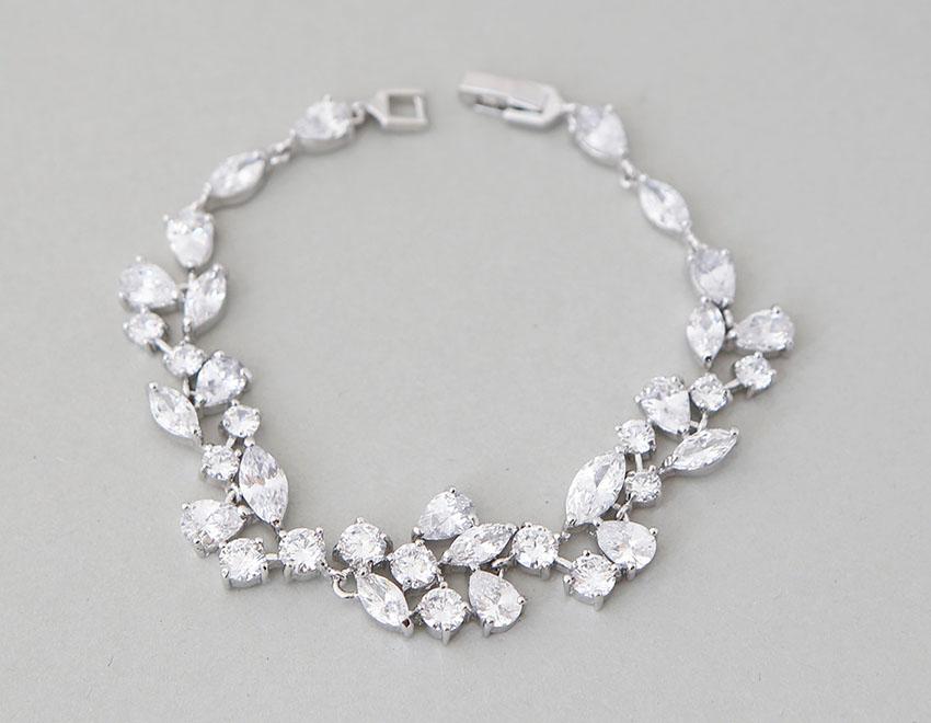 bracelet mariage original argent cristal zircon aline. Black Bedroom Furniture Sets. Home Design Ideas