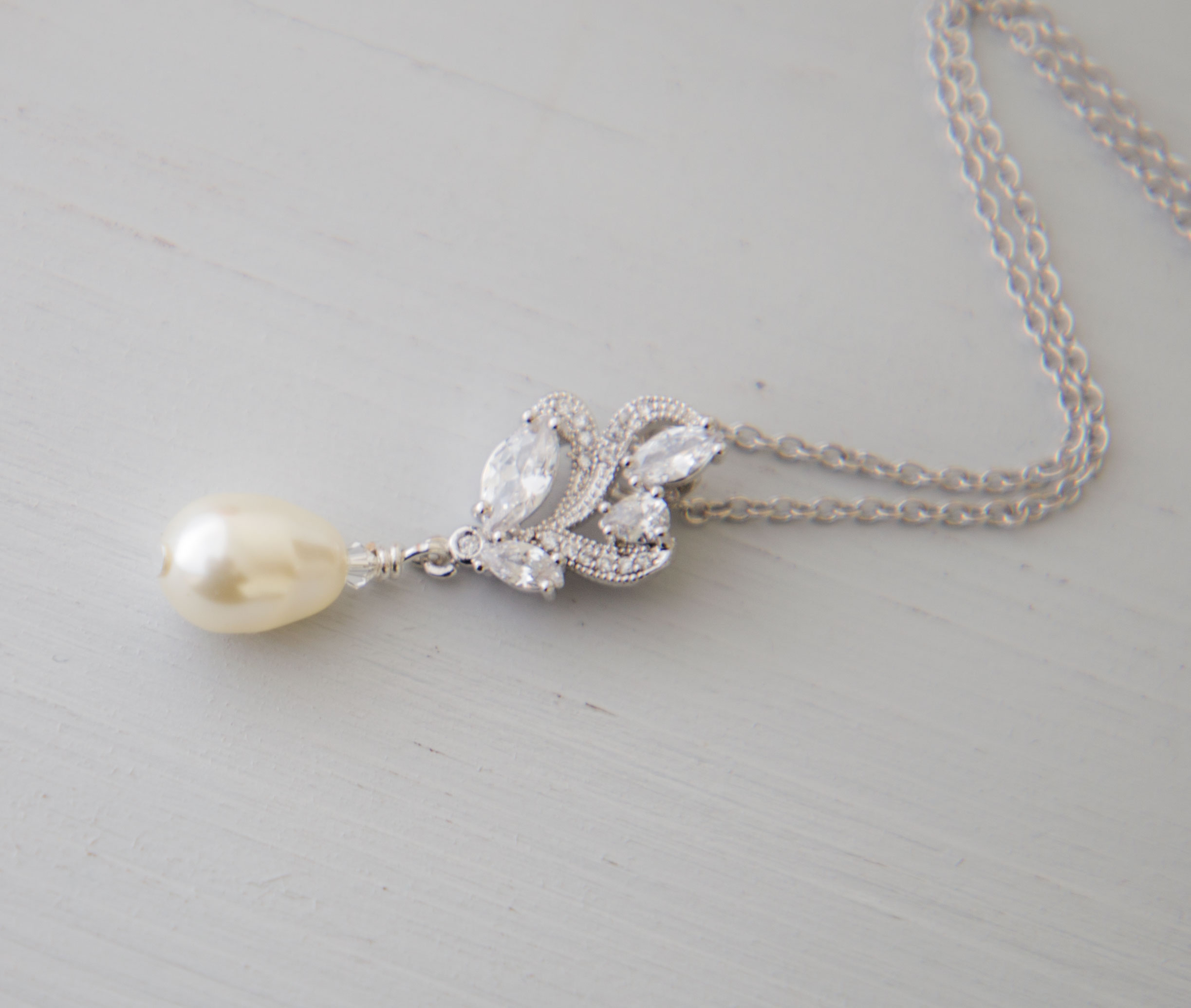 vendita calda autentica il migliore davvero economico Parure mariage boucles d'oreilles collier cristal perles