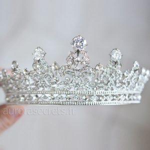 couronne royale reine Elisabeth