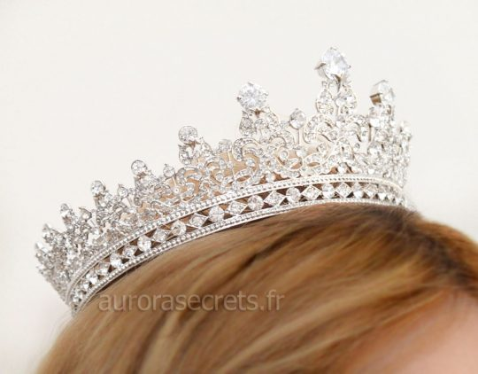 couronne royale reine Elisabeth 5