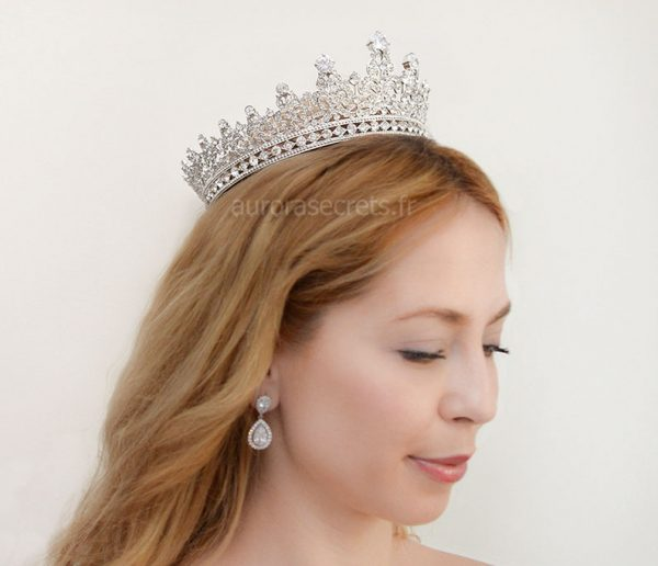 couronne royale reine Elisabeth 7