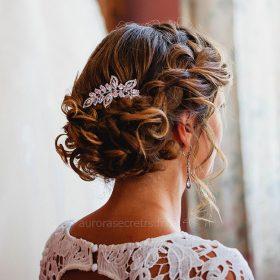 Peigne cheveux mariage feuilles cristal oxyde de zirconium sur mariée
