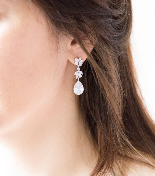 Boucles d'oreilles pour la mariée ou soirée ornées oxydes de zirconium