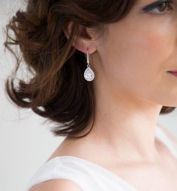 boucles d'oreilles cristal mariage en forme de goutte