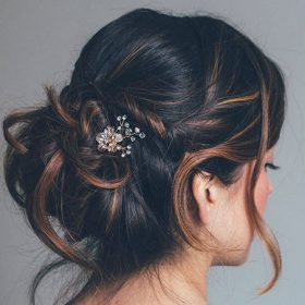 Pics coiffure mariage feuilles strass 3