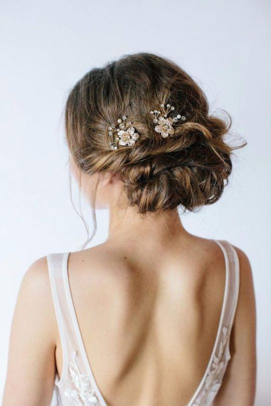Pics coiffure mariage fleurs strass