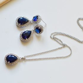 Ensemble collier boucles bleu mariage