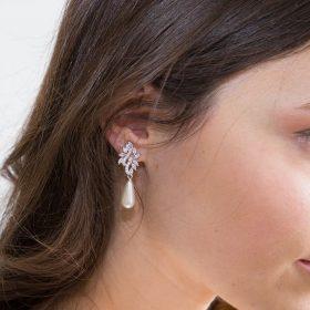 Boucles d'oreilles mariée pendantes perles et Zircon argentées
