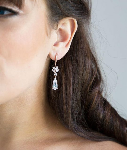 Boucles d'oreilles pour mariée pendantes cristal 2