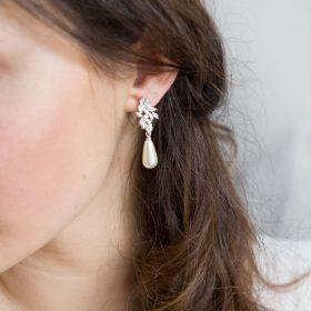 Boucles d'oreilles mariée pendantes perles et Zircon argentées 2