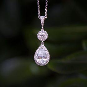 Collier pour mariée élégant diamanté Zircon