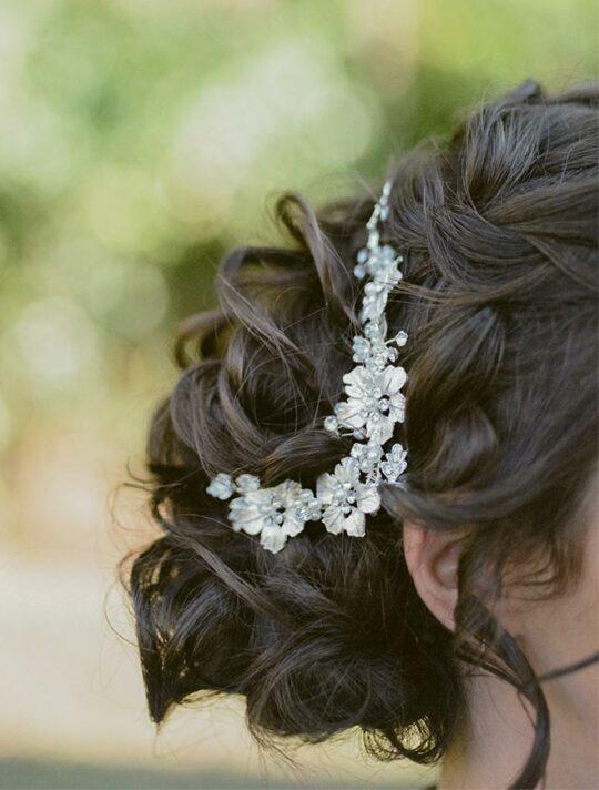 Accessoire cheveux mariage peigne fleurs en métal Louise