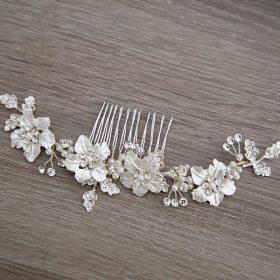 Accessoire cheveux mariage peigne fleurs en métal