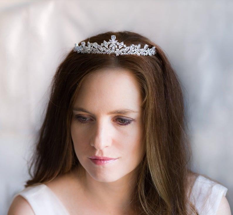 "accessoire de coiffure mariage, diadème princesse ""dora"""