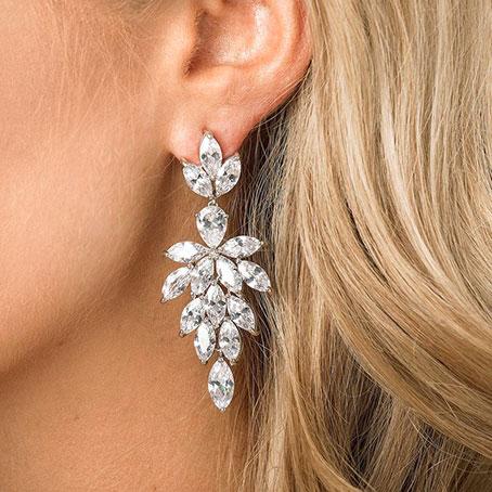 Boucles d'oreilles mariée élégantes en cristal Swarovski 1