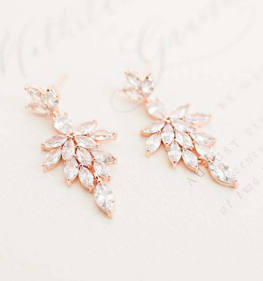 Boucles d'oreilles mariée élégantes en cristal Swarovski Célestine