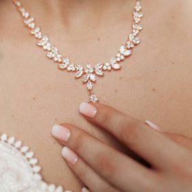 Parure bijoux mariée élégante rose gold en cristal zircon