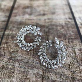 Boucles d'oreilles mariage clous feuilles romantiques Béatrice