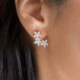 Boucles d'oreilles mariage clous fleurs romantiques Dora