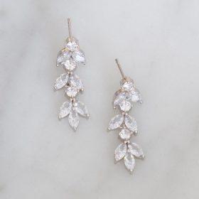 Boucles d'oreilles mariée délicates feuilles cristal