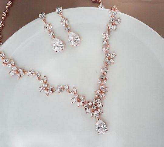 Parure bijoux mariée rose gold chic en cristal