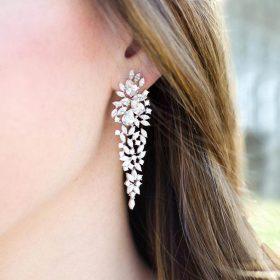 Boucles d'oreilles mariage pendantes romantiques en cristal Aliona