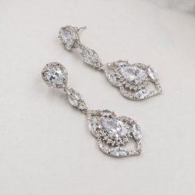 Boucles d'oreilles mariage longues romantiques en cristal