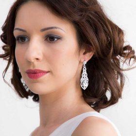 Boucles d'oreilles mariée pendantes sertis cristal Paola