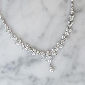Collier mariage cristal, bijou argenté élégant chic Allison