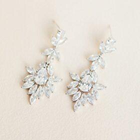 Boucles d'oreilles mariée pendantes originales Doria