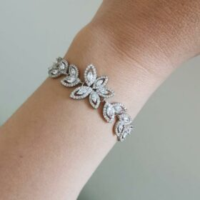 Bracelet mariage chic feuilles cristaux strass Marlène